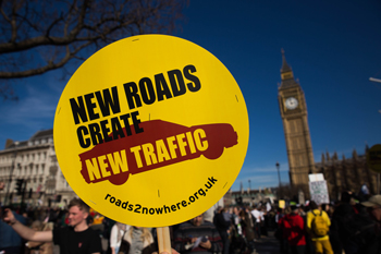 New roads create new traffic placard at Parliament