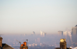 Smog in London by StuMayhew on flickr